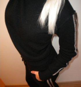Тёплый шерстяной костюм С камнями ziegler!!!