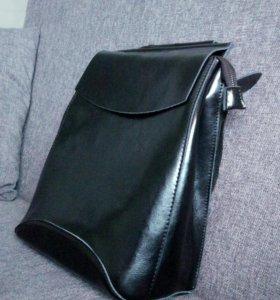Новый рюкзак из натуральной кожи.