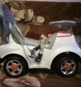 Машина и самокат