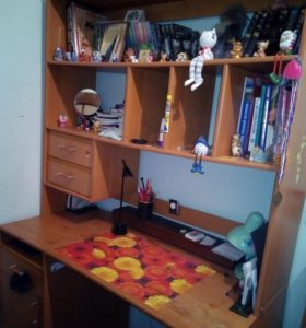 Компьютерный стол уголок школьника