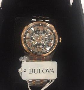 Часы механические с автоподзаводом Bulova.