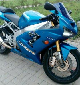 Kawasaki 636 zx 6r