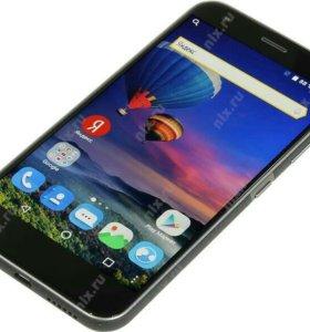 Продам телефон zte z10 он новый с 3феврвля с ним х