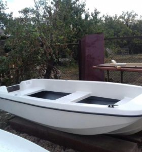 "Моторно-весельная лодка ""кайман 300"""