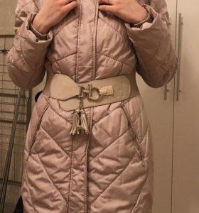 Пальто весеннее (зимнее) с мехом песца