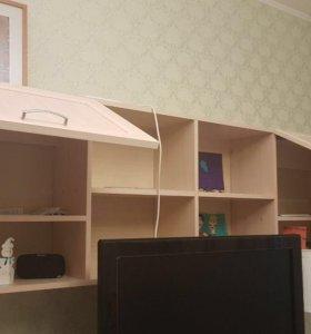 Полка и 2 шкафа