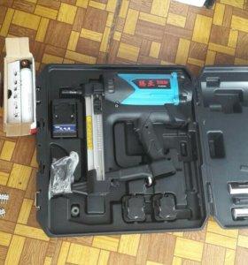 Газовопневматический пистолет для гвоздей