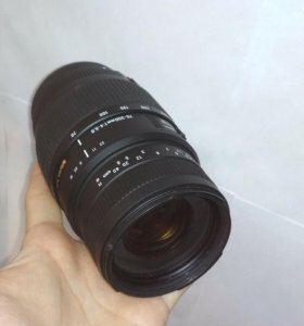 Объектив Sigma AF 70-300mm