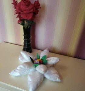 Подушка - цветок