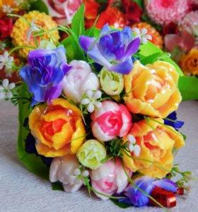 """Подарок  """"Цветы из мыла милым дамам"""""""