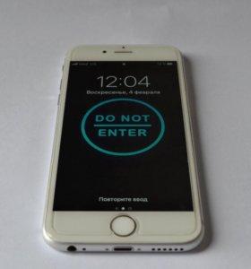 iPhone 6S 16Gb Белый.