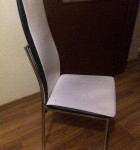 Продам два стула