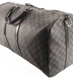 Сумка Louis Vuitton - дорожная.