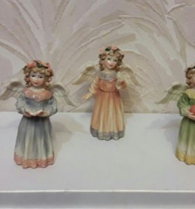 Статуэтки ангелы.
