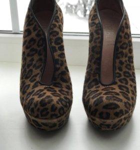 Туфли женские р.37 Loriblu