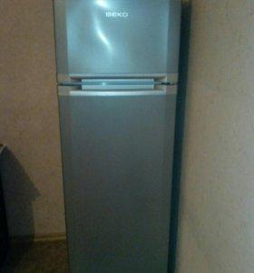 """Холодильник """"Веко"""""""