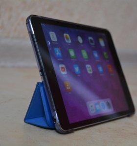 Apple iPad mini 3 64Gb Wi-Fi + Cellular