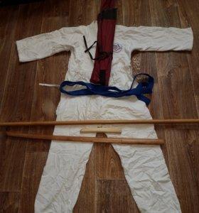 Кимоно для Айкидо и тренировочное оружие