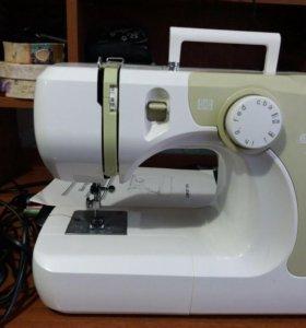 Продам швейную машинку COMFORT