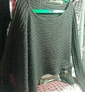 Стильный свитер накидка