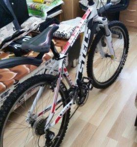 Горный велосипед Stels 830