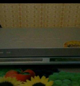 Dvd плеер BBK DV 315 Sl (Караоке) б/у