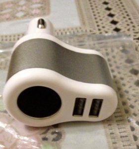Автомобильное зарядное устройство на2 USB