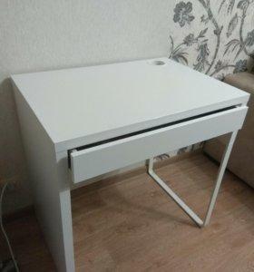 Письменный стол новый (IKEA)