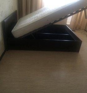 Двухспальная кровать