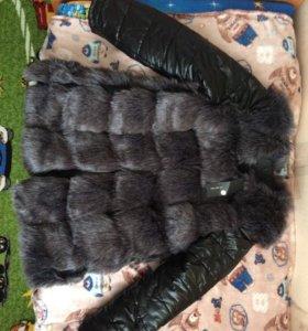 Демисезонная куртка новая из искусственного меха