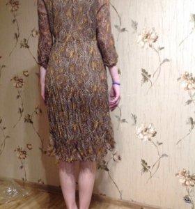 Платье летнее,крепдешиновое на подкладке)