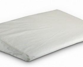Подушка детская в кроватку