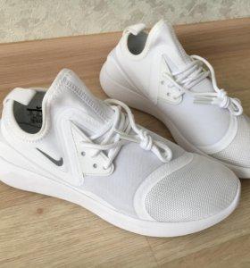 Кроссовки Nike оригинальные