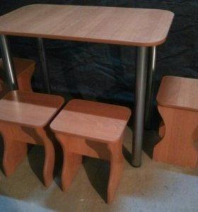Новый комплект столов со стульями