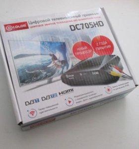 Цифровой телевизионный приемник DTV DC705HD