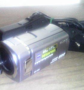 Видеокамера soni DCR-SR65E