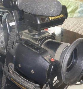 Видео камера Samsung M40