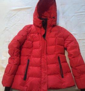 Куртка пуховик зимняя СРОЧНО ПРОДАМ  2 Тысячи