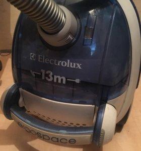Пылесос Electrolux