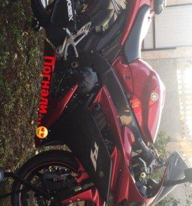 Yamaha R1 07