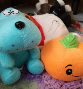 Пёсик, тыква и собачка  мягкие игрушки