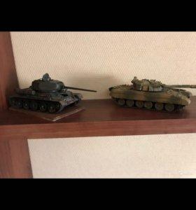 Модель Танк Т34 и Т90
