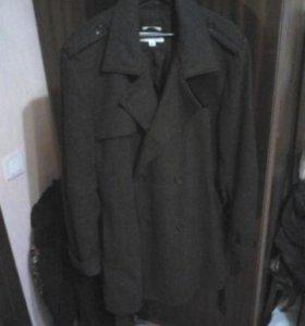 Пальто Б/У на мужчину, ростом около 180-182