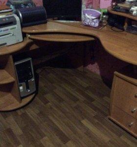 Продаю Компьютерный столик!