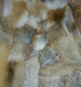 из меха лисы жилет