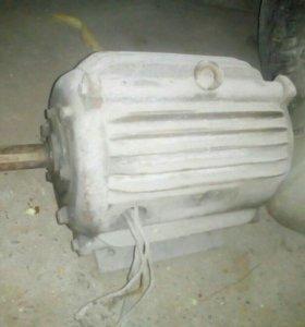 Продам двигатели 380 в рабочем состоянии