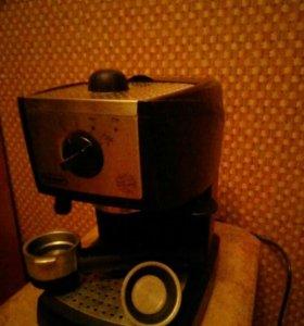 Кофеварка De Longhi