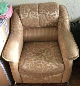 Кресло не раскладывается,в хорошем состоянии