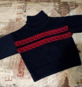 свитер для мальчика в хорошем состоянии