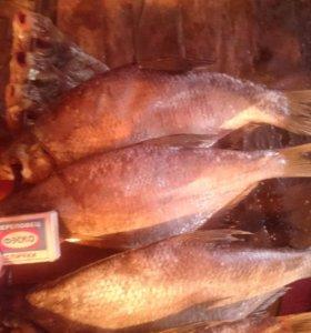 Рыба сущенная вобла